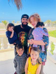 Aposento Alto Family Pic